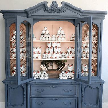 Furniture Medic of Kelowna Chalk Painting